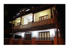 Aluva uc college 8cent 2000sqft 4bhk house for sale
