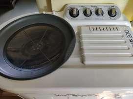 Whirlpool 8.2 KG Big washing machine