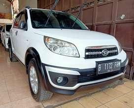 Daihatsu terios tx adventure metic thn 2014 putih