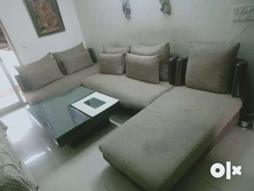 9 Seater sofa set with center table 0