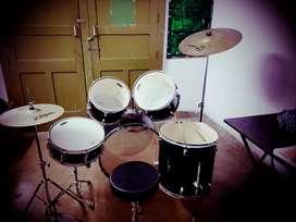 Mapex Tornado Drum set / Drum kit