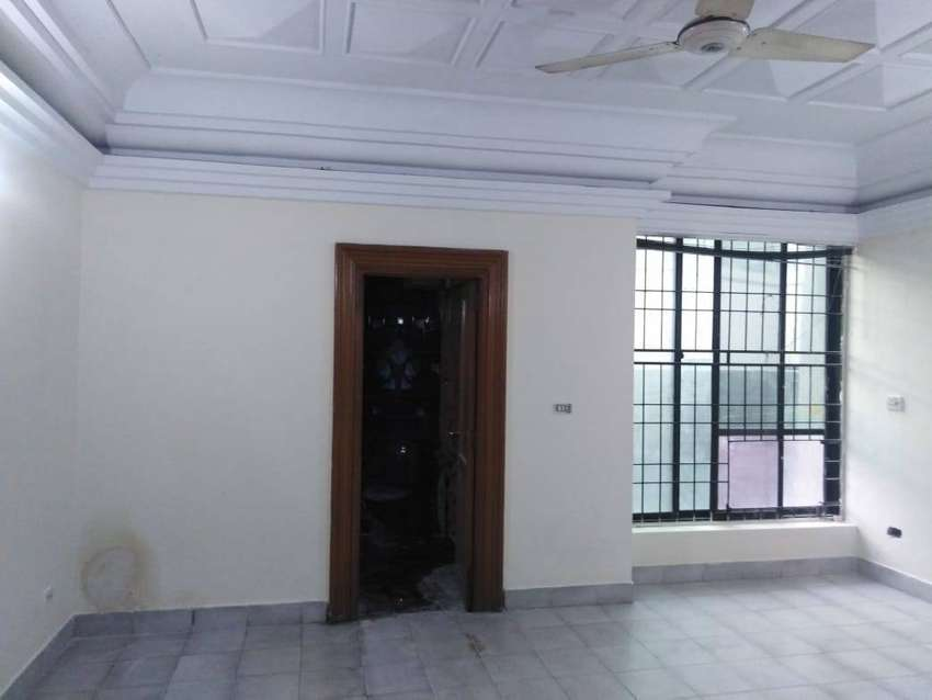 1.5 KANAL COMMERCIAL PAID BUILDING NEAR MM ALAM l FULLY RENOVATED 0