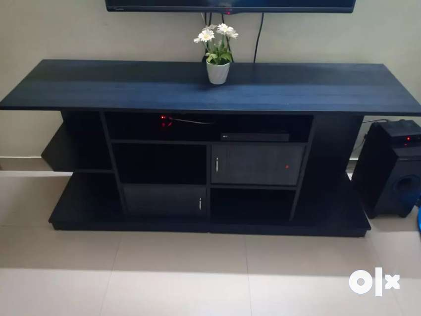 TV Stand in brand new condition. 0