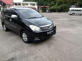 Dijual mobil inova thn 2011...kondisi msh standar.