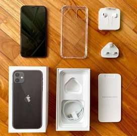 SELLING I PHONE 11 WITH ALL ACCESSORIES