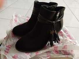 Sepatu gosh lama
