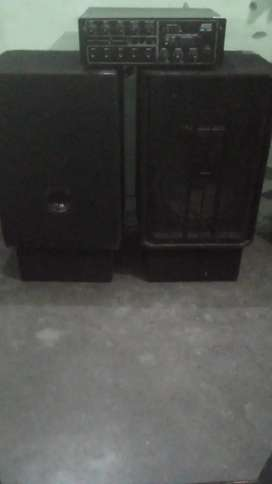 DJ amplifier with 2box
