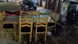 6 seater dining table refurnished new condition new seat cushions