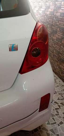 Mobil bekas yaris 2012