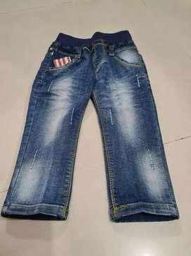 Celana jeans pensil anak laki-laki