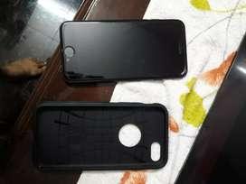 iPhone 7 128 GB jet black with spigen cover