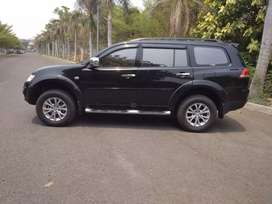 Pajero Exceed at th 2014 w/ Hitam km 40rb