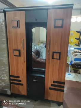 Brand New Design 3 Door Wardrobe For Sale With Best Discount Price