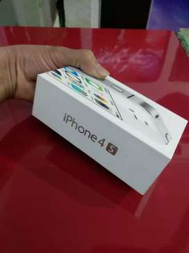 iPhone 4s 16gb with box and All accessories available and black color