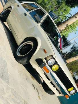 1980 sports car with 7k new engine with ac start only serious buyer