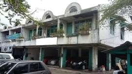 Disewakan 3 Ruko Gandeng Huk Karawachi Lokasi Strategis Jalan Besar