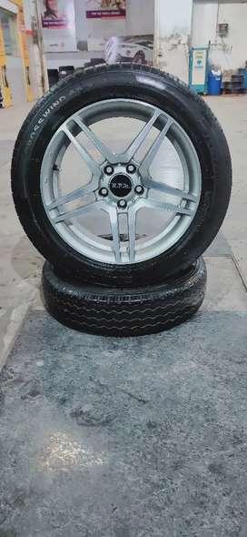 "17"" (114×5) Alloys , 225/55/17"" ( Crosswind ) Tyres"