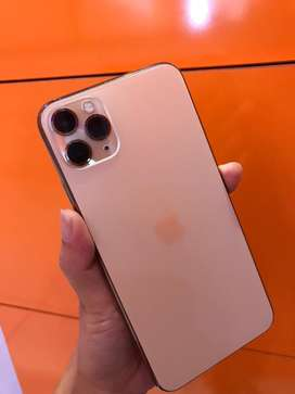 Iphone 11 pro max 64gb gold second like new