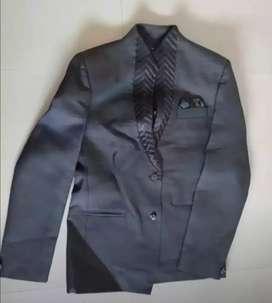 Men's Blazer+Pant+Shirt+Tie+Cover (Almost New)