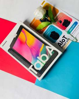 Samsung Tab A Black 2/32GB NEW