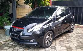 Honda Brio satya E - like new, low km, nego / TT mobil 7sit / barter