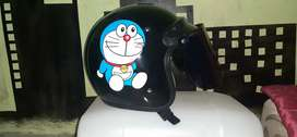 Helm bogo Doraemob