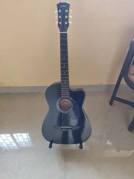 Guitar new one urgent sale