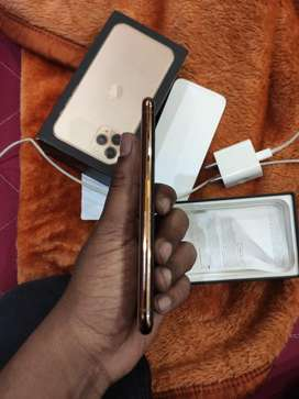256 GB All item available like charger and bill note no hand free