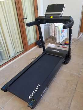 Treadmill listrik 251c/bisa kredit