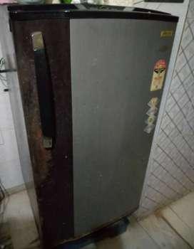 Godrej fridge 221 liter