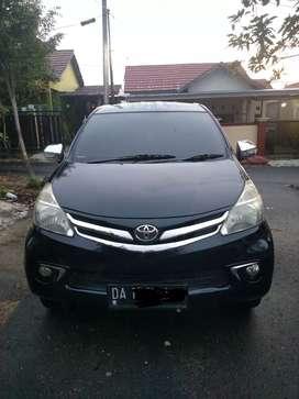 Toyota Avanza tahun 2012