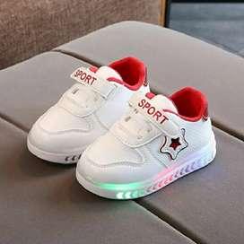 BB555-red Sepatu Anak Star Sport Import (LED)