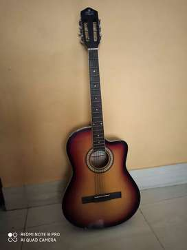 Guiter with good sound and looks
