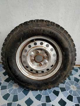 MRF tyre ashok Leland dost wheel