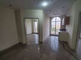 Very Ideal Location Appartment for sale in Bahria Town Lahore