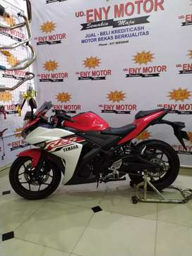 Yamaha R25 2015 merah putih