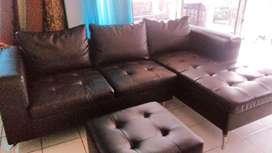 Sofa leter L merk informa