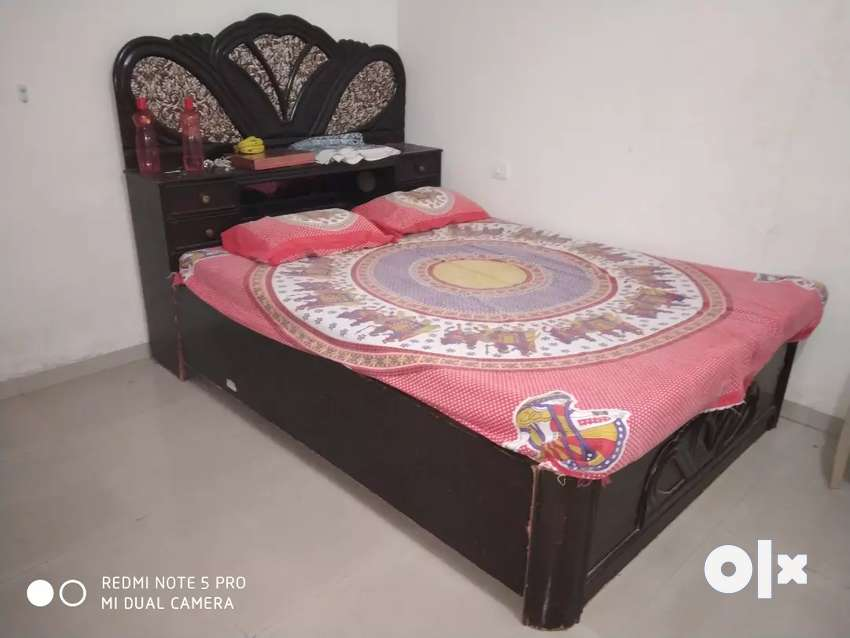King size Double Bed with Mattress&Storage.Brown 0