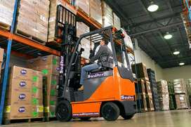 Material handling equipments on rent