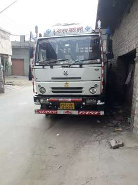 Good condition all India  permit and full insurance