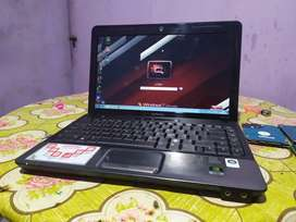 Laptop Compaq CQ35 Baterai Baruuu
