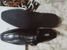 Shoes collection... limited stocks available.