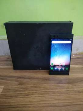 Razer  phone 64gn  8gb  Blake  full kit  (6montn warranty)
