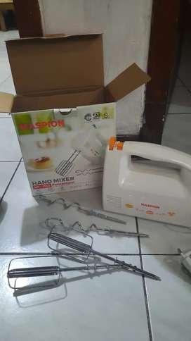 Maspion hand mixer . Like new