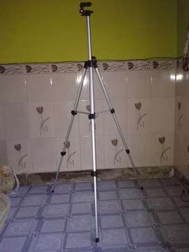 Tripod 5ft for camera and mobile