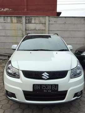 Suzuki X-over 2012