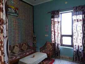 Good condition House for sale in North front