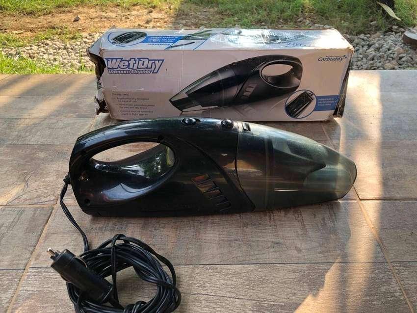 Vacuum mobil (wet & dry)