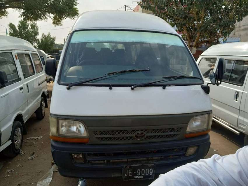 Toyota hiace 1996 ka model or registration 2001 h gari m koi kam nhi h 0