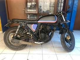 BU!!! Scorpio 225 Custom Bratcafe